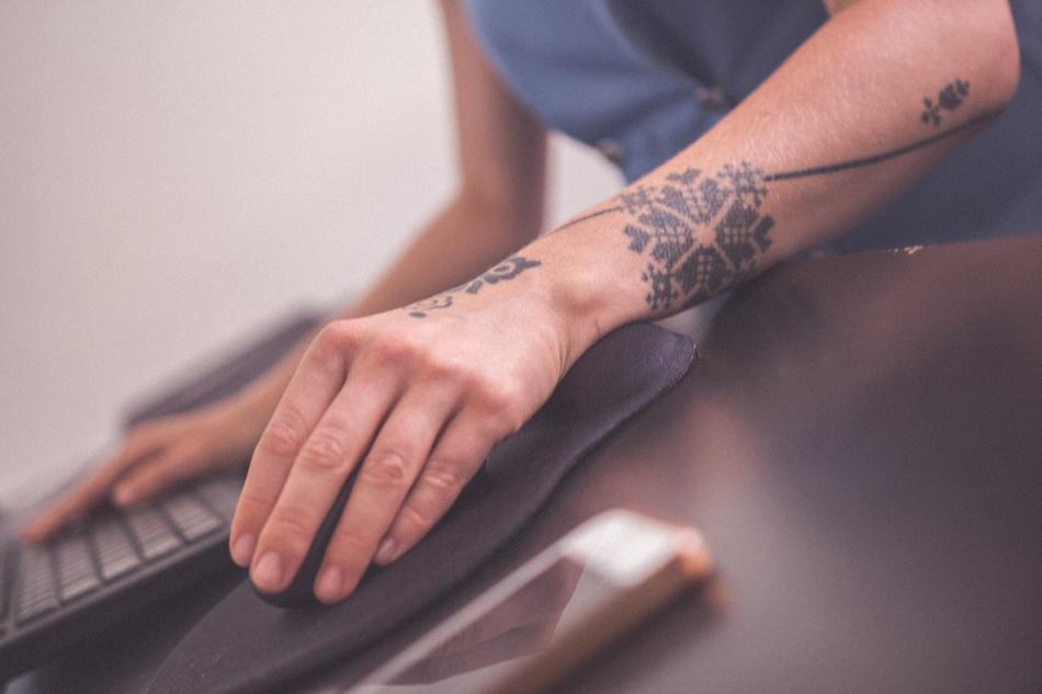 Júlia Micháleková a jej tetovanie