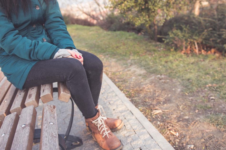 Annamária na lavičke