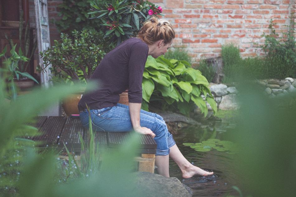 Andrea Geseová v záhrade