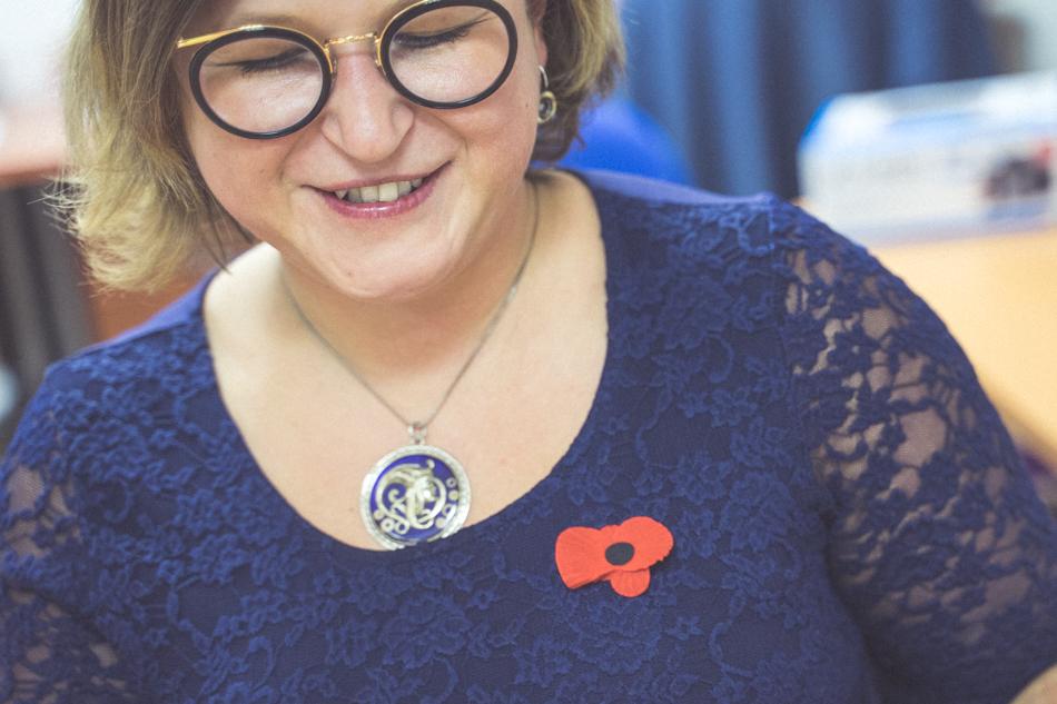 Sandra Polovková s vlčím makom