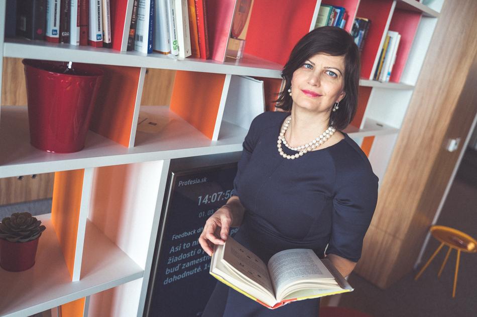Ivana Molnárová office Profesia
