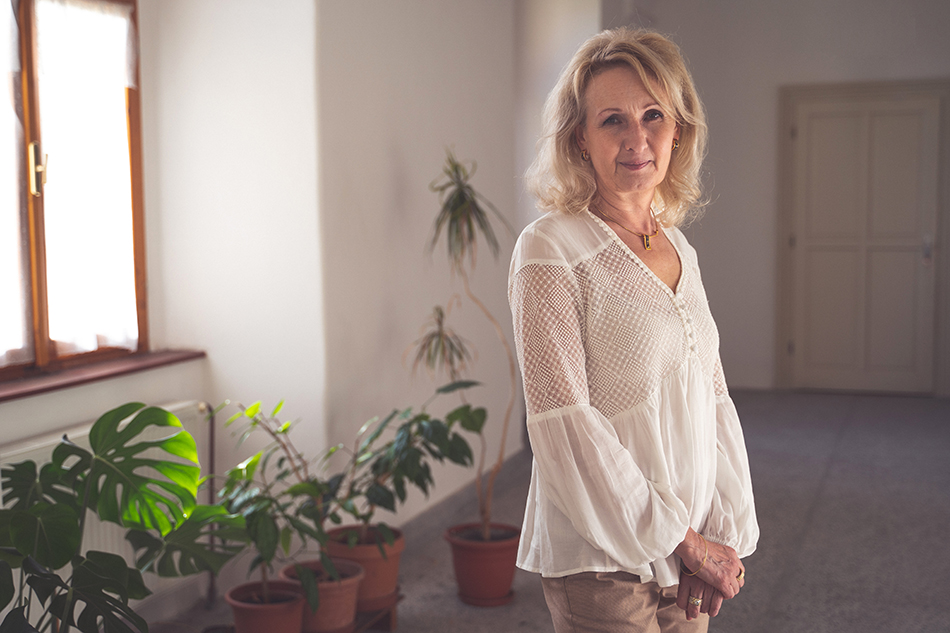 Andrea Tóthová Heroes