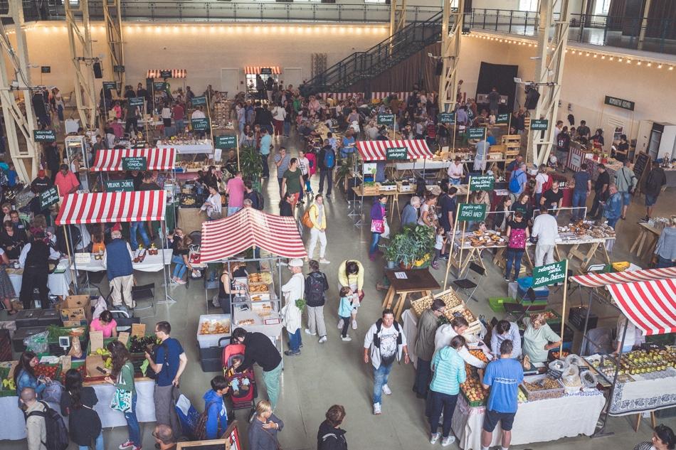 Stará Tržnica sobotný trh
