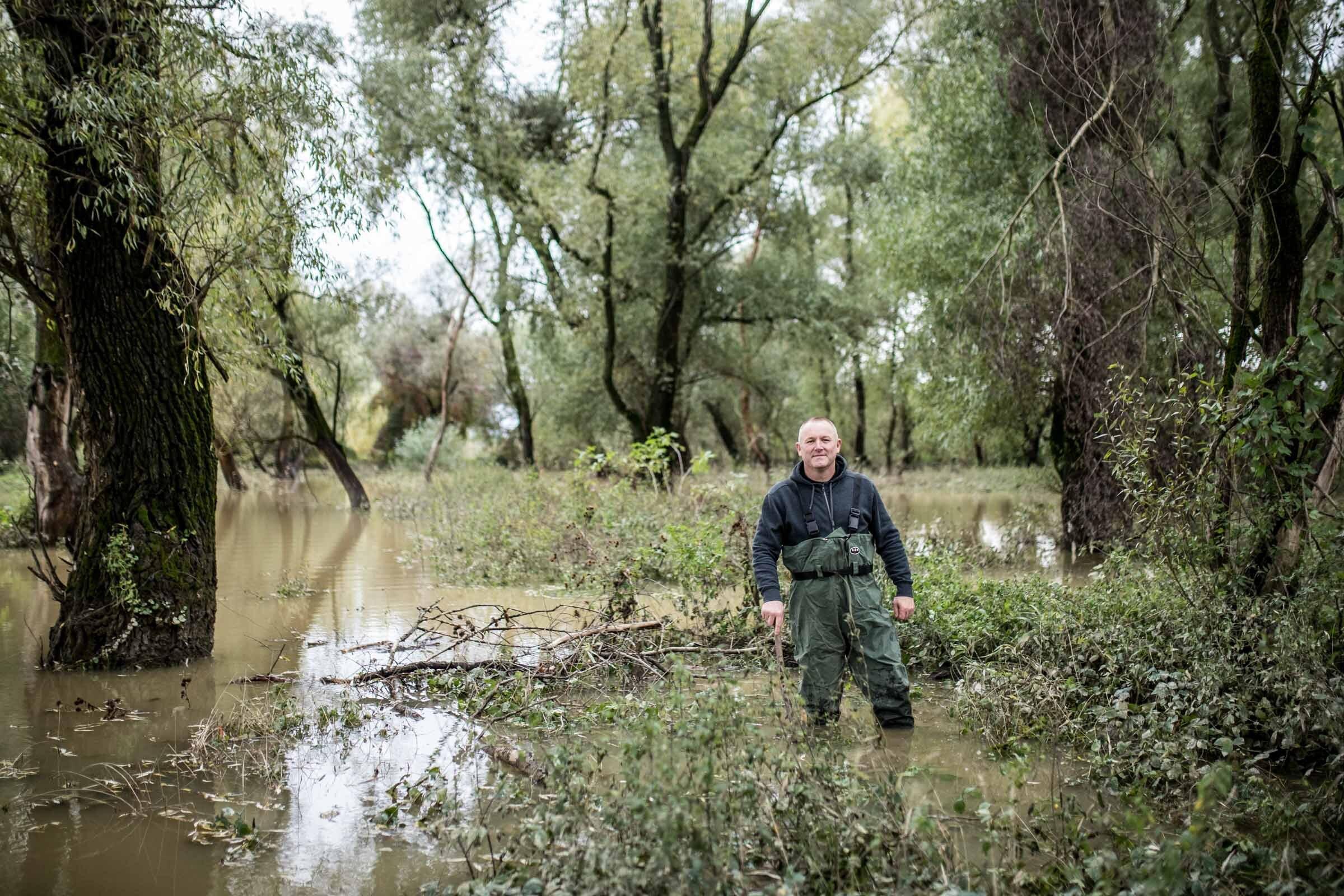 Rastislav Šelepský v rybníku